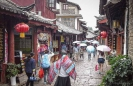 Shopping Lijiang Old Town