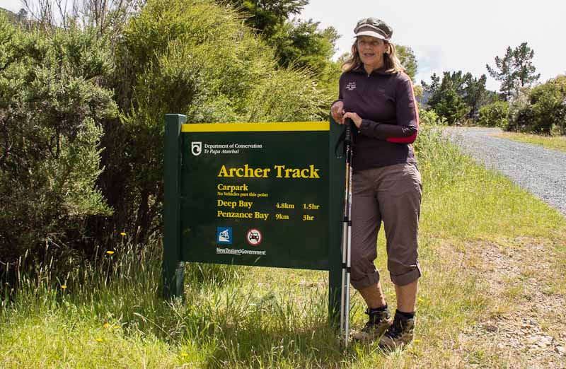 Wyn setting off on Archer Track