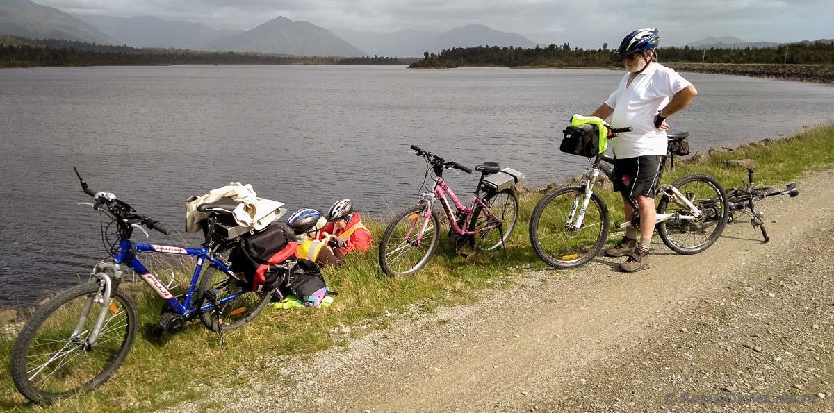 Stopping for a break beside the Dilmanstown Reservoir