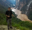 Lower Tiger Leaping Gorge near Walnut Garden